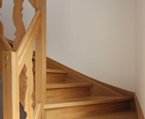 Treppen kaufen - Treppen aus massiven Holzstufen oder Treppenrenovierung mit Parkett - Tischlerei-Essen
